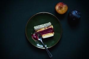 Gâteau glacé aux prunes