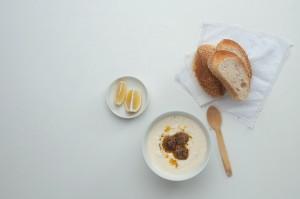 Soupe au yaourt et boulettes qui tuent